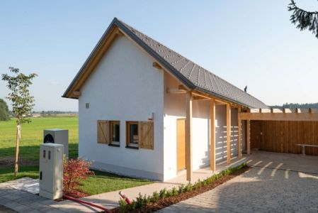 façade entrée - Maison bois par BIRO GASPERIC - Velesovo, Slovenia