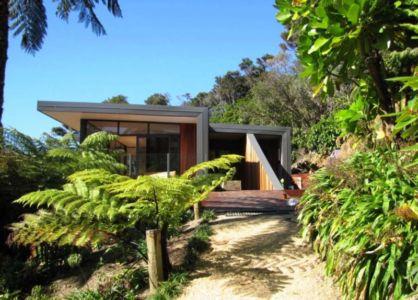 façade entrée - Porotu Bach par studio MWA - Miritu Bay, New Zealand