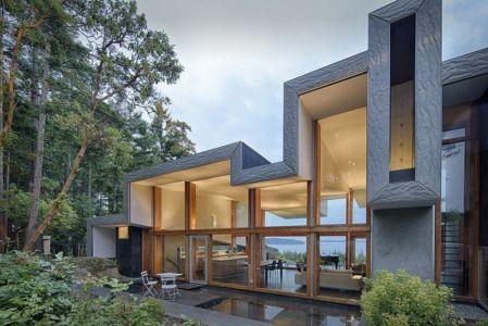 façade entrée - Ridge House par Marko Simcic et Brian Broster - Pender Island, Canada