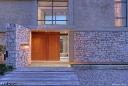 façade entrée - Stone House par Whitebox Architects - Athènes, Grèce