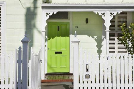 façade entrée & clôture - white cube par Matt Gibson Architecture - Melbourne, Australie