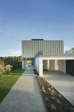 façade entrée garage - Z-Balca-House par Lagula Arquitectes - Espagne