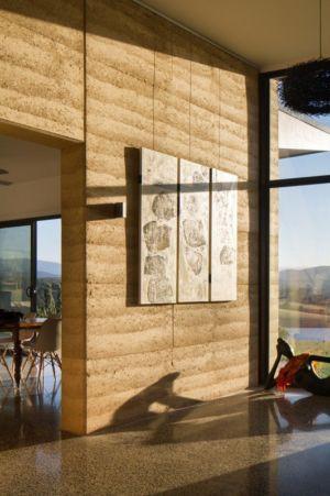 Maison contemporaine en bois contemporaine ouverte sur la for Facade maison bois contemporaine