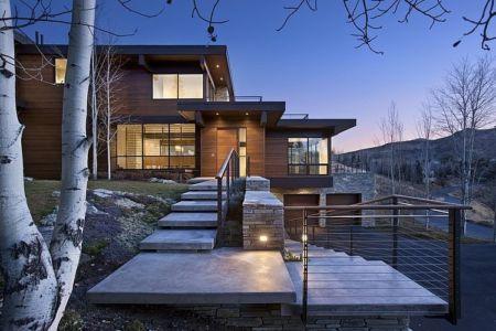façade entrée - maison bois et pierre contemporaine - Sun Valley, Usa