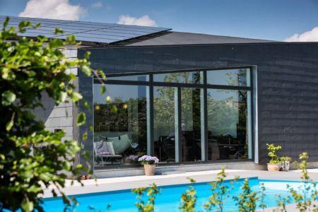 façade entrée & piscine - maison exclusive par Skanlux - Danemark