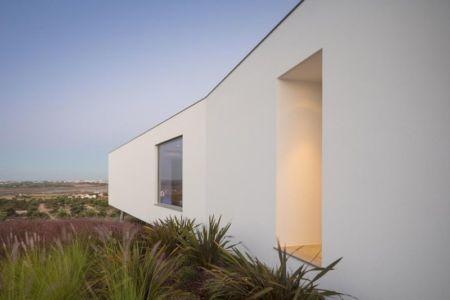 façade entrée secondaire - zauia-house par mario martins atelier - Val da Lama, Portugal