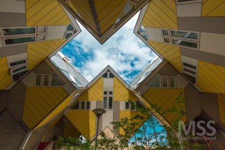 façade espaces cubes - Cube-houses par Piet Blom - Rotterdam, Pays-Bas