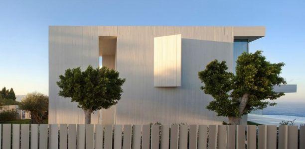 façade est - Sardinera House par Ramon Esteve Estudio - Valencian Community, Espagne