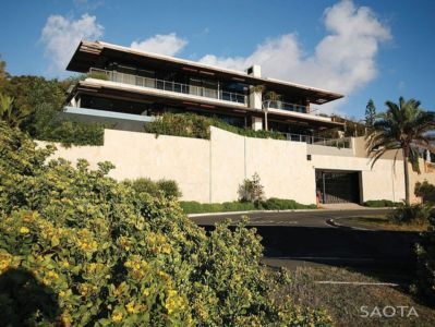 façade garage - Kloof 151 par SAOTA - Clifton, Afrique du Sud
