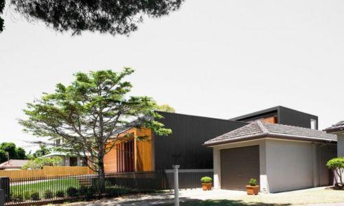 façade garage - Narrabeen House par Chrofi - Narrabeen, Australie