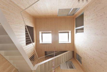 décoration intérieur en lambris- g-house par Esau Acosta - El Sauzal, Espagne