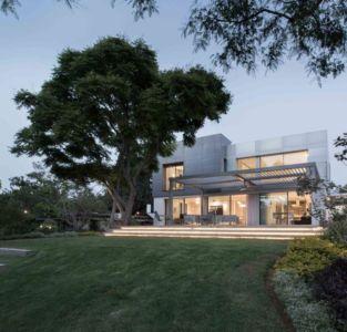 façade jardin - Aluminum-Home par Studio-de-Lange - Kfar-Shmaryahu, Israël