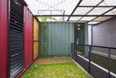 façade jardin - Container-Urban par Atelier Riri - Bekasi, Indonesie