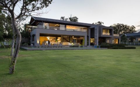 façade jardin - House Blair Atholl par Nico van der Meulen Architects - Blair Atholl, Afrique du Sud