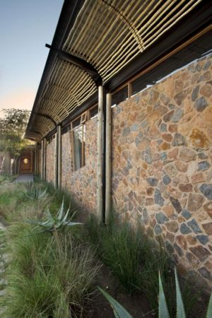 façade jardin - House-Mouton par Earthworld Architects and Interiors - Pretoria, Afrique du Sud