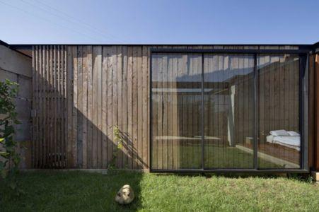 façade jardin - Sawmill-House par Archier - Yackandandah, Australie