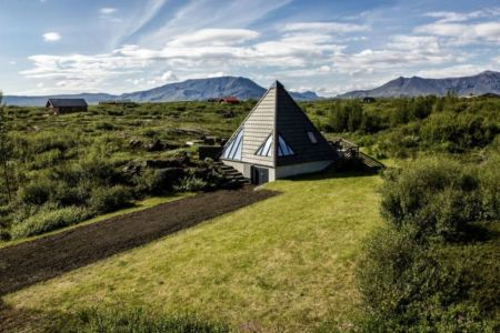 façade jardin - Vacation-home par Stunning Pyramid - Thingvellir, Islande