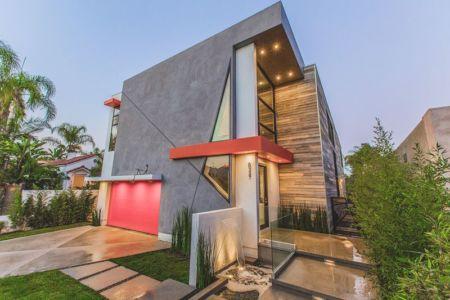 façade jardin & entrée - Angular-Lines par Amit Apel - Los Angeles, USA