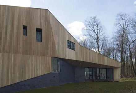 façade jardin & entrée baie vitrée - DR_RESIDENCE par SU1 Architects + Design - Connecticut, USA