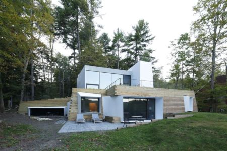 façade jardin - lake house par Taylor and Miller Architecture and Design - Usa
