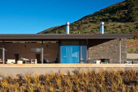 façade jardin - modernist-style-house par Herriot+Melhuish Architecture - Central Otago, Nouvelle-Zelande
