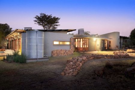 façade jardin nuit - House-Mouton par Earthworld Architects and Interiors - Pretoria, Afrique du Sud