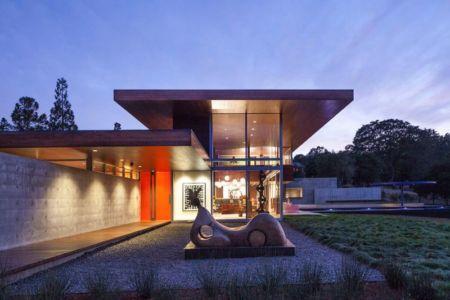 façade jardin nuit - Vidalakis-Residence par Swatt Miers Architects - Californie, USA