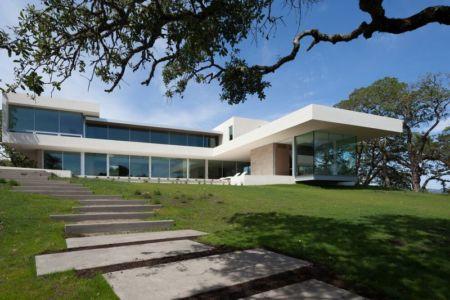 façade jardin & perron en pierres - Vineyards-Residence par Swatt Miers Architects - Californie, USA