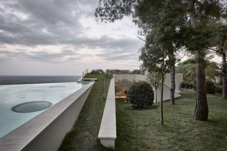 façade jardin & piscine - Villa-La-Madone par A2cm - France