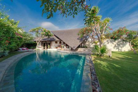 façade jardin & piscine - Villas-Spa par Layar Designer - Bali, Indonesie