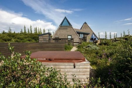 façade jardin site - Vacation-home par Stunning Pyramid - Thingvellir, Islande