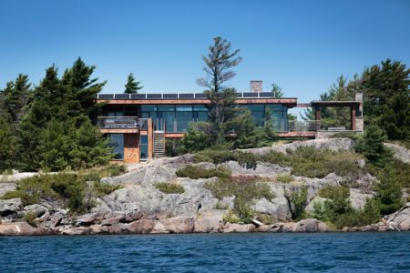 façade lac - Cottage Country par Core Architects - Baie géorgienne, Canada