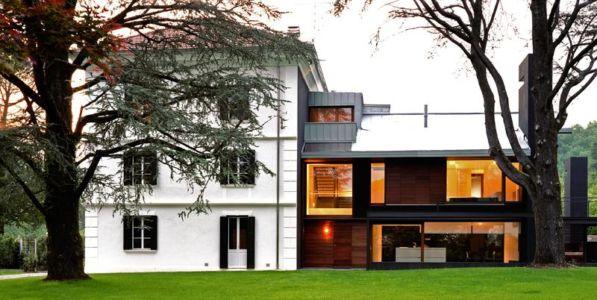 façade maison et extension - NM House par GEZA Gri et Zucchi Architetti Associati - Tarcento, Italie