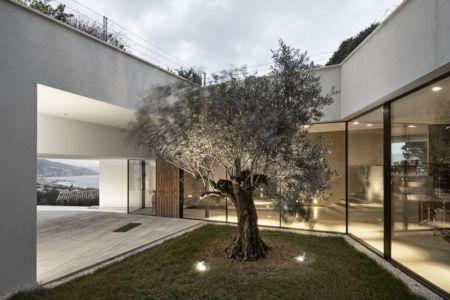 façade mini jardin - Villa-La-Madone par A2cm - France