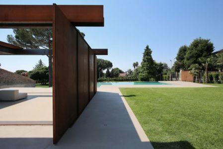 façade ouverte poutre en acier - Sicillian-Farm-Renovation par ACA Amore Campione Architettura - Sicile, Italie