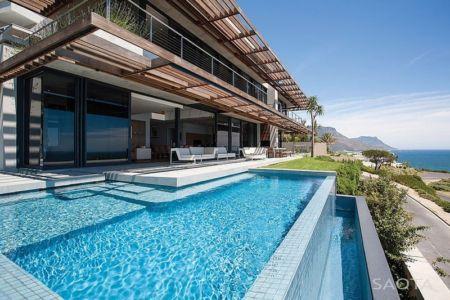 façade piscine - Kloof 151 par SAOTA - Clifton, Afrique du Sud