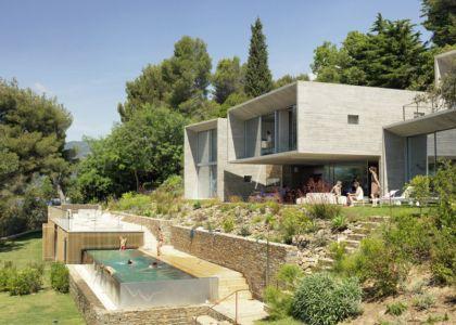 façade piscine - Maison Le Cap par Pascal Grasso - Var, France