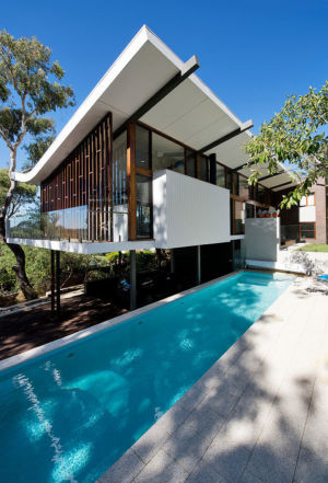 façade piscine - Mayfair Street House par Klopper & Davis Architects - Perth, Australie