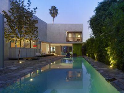 façade piscine - Norwich Residence par Clive Wilkinson Architects - West Holywod, Usa