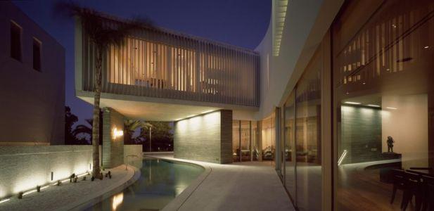 façade piscine - Psychiko House par Divercity Architects - Athènes, Grèce