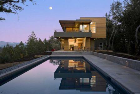 façade piscine de nuit - HudsonPanos Residence par Swatt & Miers Architects - Healdsburg, Usa