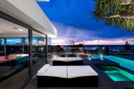 façade piscine & terrasse - uneTrigg-Residence par Hiliam Architects - Trigg WA, Australie