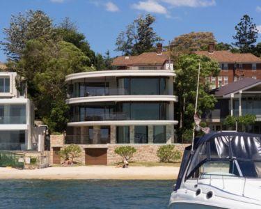 façade plage - Waterfront House par Luigi Rosselli Architects - Sydney, Australie