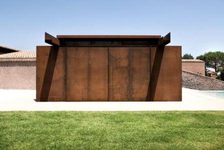 façade poutre en acier - Sicillian-Farm-Renovation par ACA Amore Campione Architettura - Sicile, Italie