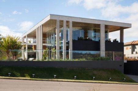 façade principale - Botucatu-House par FGMF Arquitetos - Botucatu, Brésil