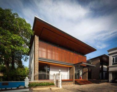 façade principale rue - Bridge-House par Junsekino Architects And Design - Bangkok, Thaïlande