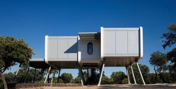 façade principale - Spaceship Home par Noem Spaceship - Madrid, Espagne