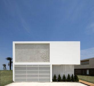 façade principale - casa-v par Estudio 6 Arquitectos - Perou