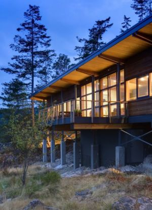 façade principale illuminée - balance-associates par Balance Associates - Colombie-Britannique, Canada