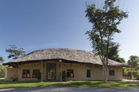 façade principale & jardin - Trika-Villa par Chiangmai Life Construction - Chiang Mai, Thaïlande